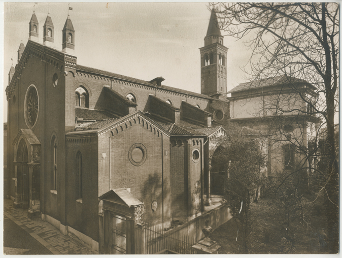 Chiesa di Santa Corona.jpg